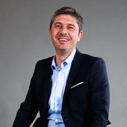 Co fondateur&DirecteurassociéchezOpenSourcing|Cabinetderecrutementdigital