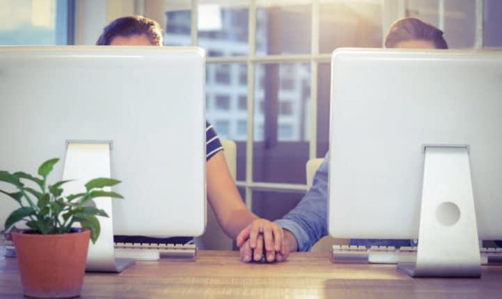 Amoureux au travail? Les 10 règles à suivre